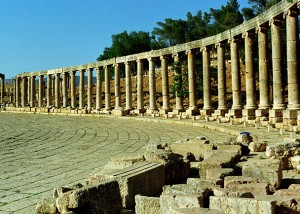 800px-Jerash16-Forum(js)